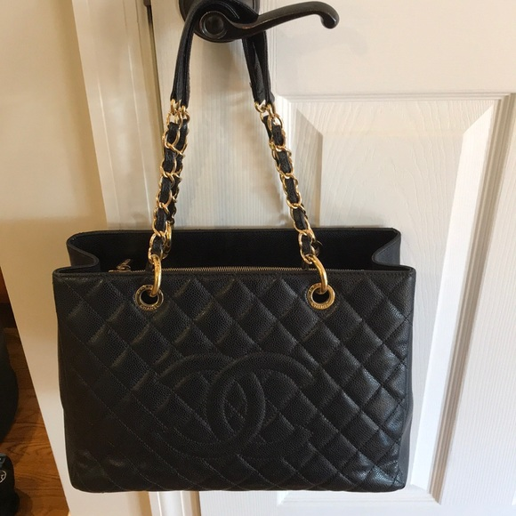 b0122a23fc2e CHANEL Handbags - Chanel Grand Shopping Tote GST Black Caviar Bag